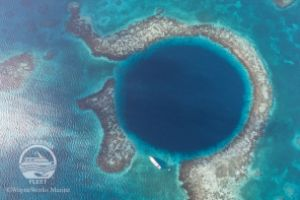 THE BLUE HOLE (LIGHTHOUSE REEF, BELIZE) -  LIGHTHOUSE REEF Belice
